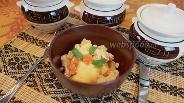 Фото рецепта Жаркое из индейки в горшочке без обжарки