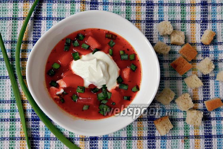 Фото Свекольник с резаными томатами в мультиварке