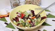 Фото рецепта Салат с рикоттой и вялеными помидорами