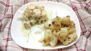 Фото рецепта Куриная грудка в сметане с жареной цветной капустой