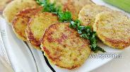 Фото рецепта Закусочные оладьи из булгура и кабачка
