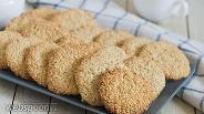 Фото рецепта Хрустящее кунжутное печенье без яиц