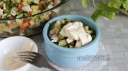 Фото рецепта Салат типа оливье с курицей