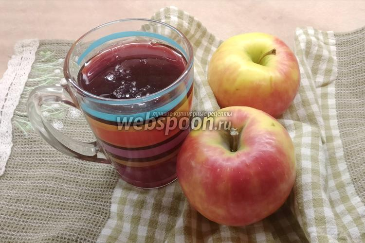Фото Компот из черноплодной рябины, вишни и яблок