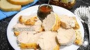 Фото рецепта Куриное филе, запечённое в сметанно-чесночном соусе под сырной корочкой
