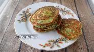 Фото рецепта Кето оладьи из творожного сыра, шпината и псиллиума