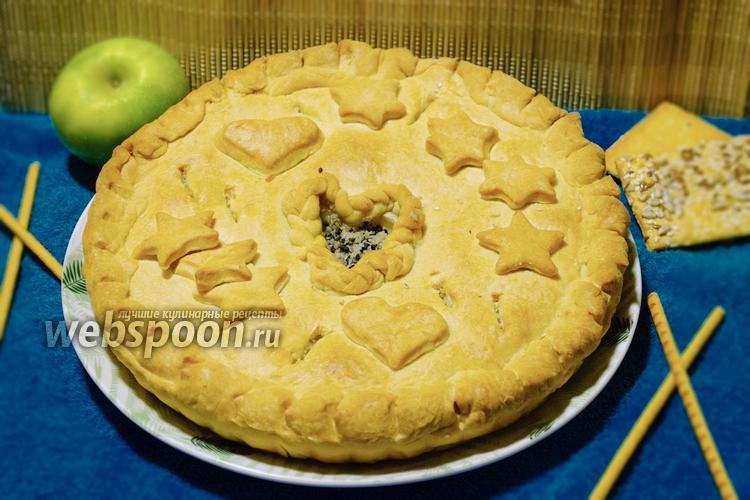Фото Закрытый мясной пирог с куриным филе