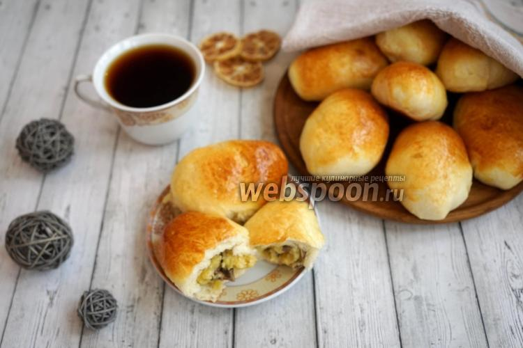 Фото Пирожки с картофелем, грибами и сыром в духовке