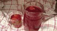 Фото рецепта Компот из клубники и вишни