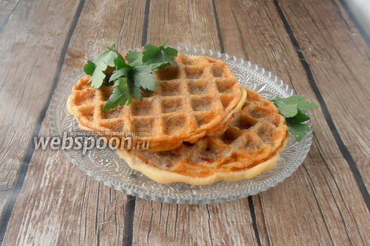 Фото Солёные вафли из мяса и яиц