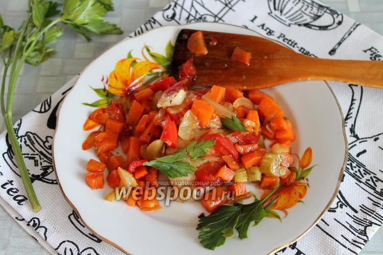 Фото Тилапия, запечённая с овощами в духовке