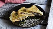 Фото рецепта Дрожжевые блины с орехово-грибной начинкой