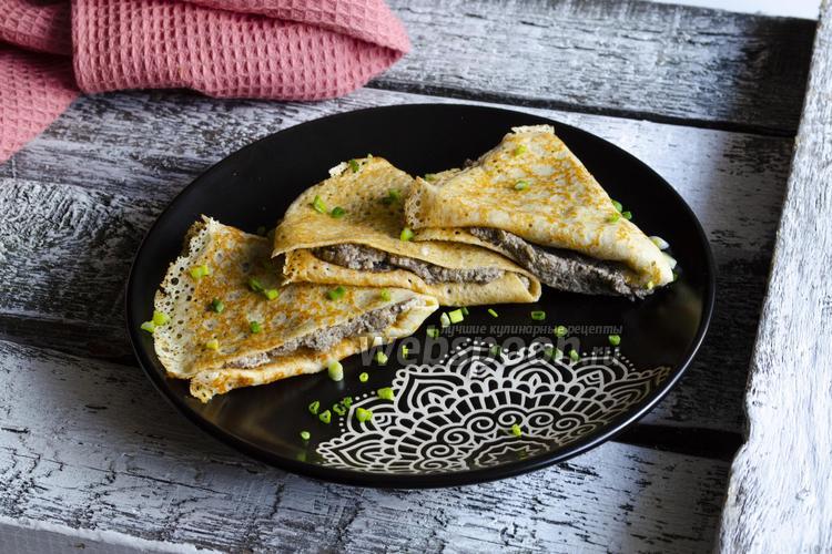 Фото Дрожжевые блины с орехово-грибной начинкой