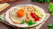 Фото рецепта Овсяная каша с яйцом и сыром