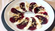 Фото рецепта Салат из свёклы с моцареллой и орехами
