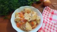 Фото рецепта Диетическая подлива из куриного филе с луком и морковью