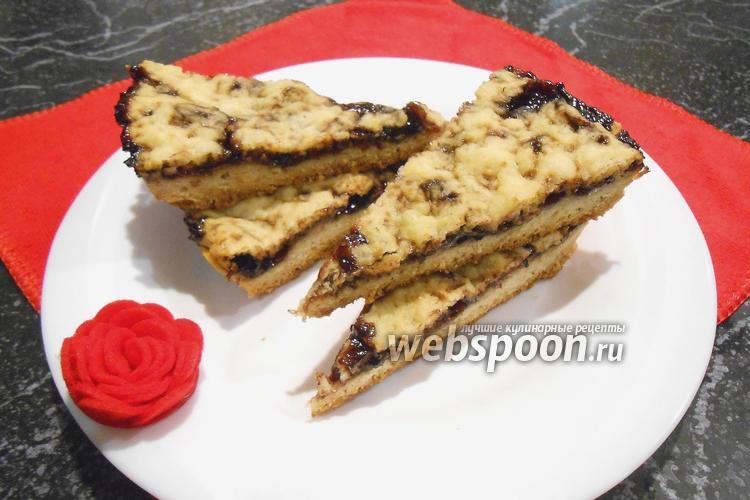 Фото Тёртый пирог с джемом в мультиварке