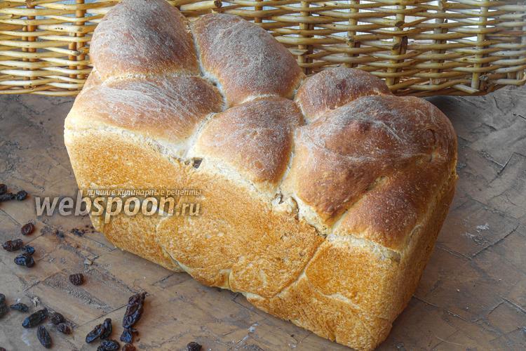 Фото Хлеб с грецким орехом, изюмом и корицей