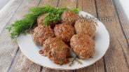 Фото рецепта Котлеты из говядины с печенью и шампиньонами