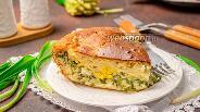 Фото рецепта Наливной пирог с черемшой и яйцом