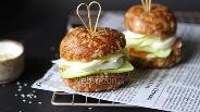 Фото рецепта Кето бургер с форелью