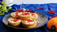 Фото рецепта Хлебные тарталетки с красной рыбой