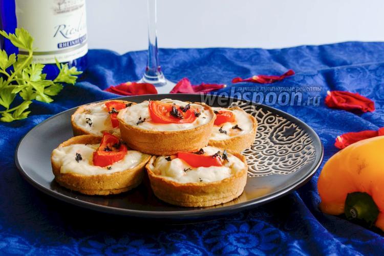 Фото Хлебные тарталетки с красной рыбой