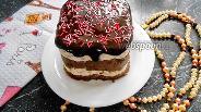 Фото рецепта Полосатая творожная пасха с шоколадной глазурью