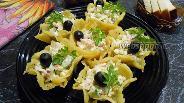 Фото рецепта Крабовый салат в сырных корзиночках