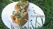 Фото рецепта Сэндвич с яйцом и грудинкой на сковороде