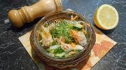 Фото рецепта Салат из капусты с печенью трески и лимоном