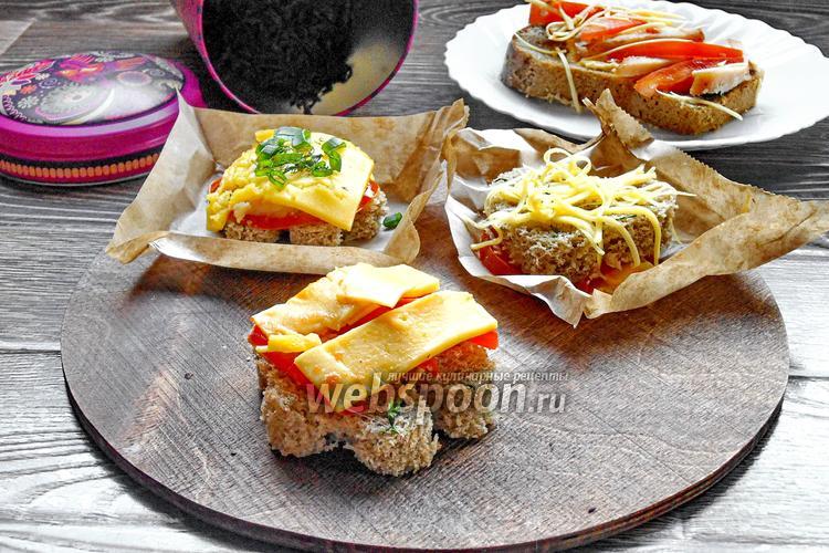 Фото Горячие бутерброды с бужениной и сыром