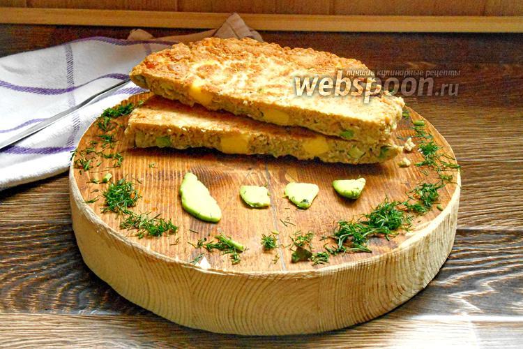 Фото Овсяноблин с сыром, авокадо и красной рыбой