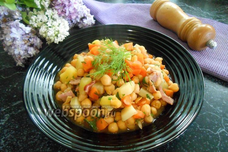 Фото Нут с овощами и беконом