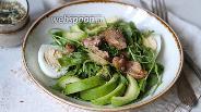 Фото рецепта Салат из печени трески с авокадо