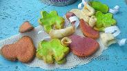 Фото рецепта Печенье с предсказаниями цветное