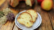 Фото рецепта Творожный кекс с яблоками