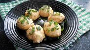 Фото рецепта Куриные котлеты на пару с морковью и укропом на кефире