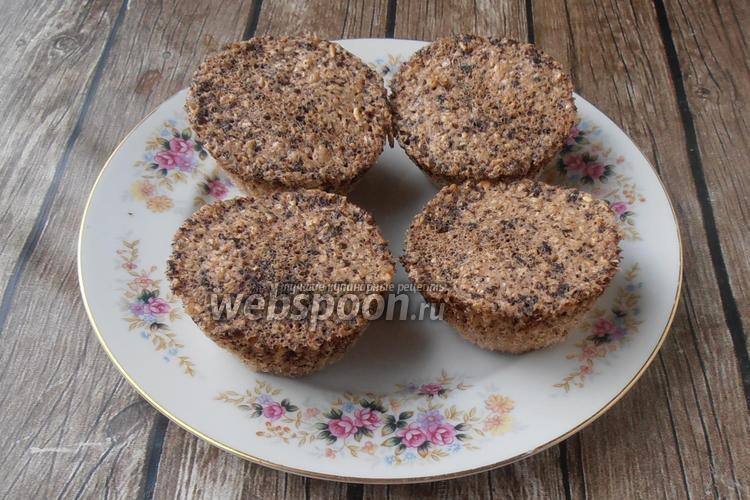 Фото Овсяные кексы без муки с шоколадом в СВЧ