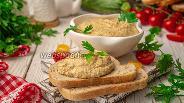 Фото рецепта Намазка из кабачков и творога с чесноком
