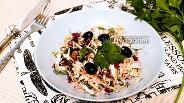 Фото рецепта Салат из капусты и молодой свёклы