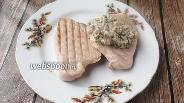 Фото рецепта Стейки индейки с грибным кремовым соусом