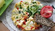 Фото рецепта Омлет с цветной капустой на сковороде