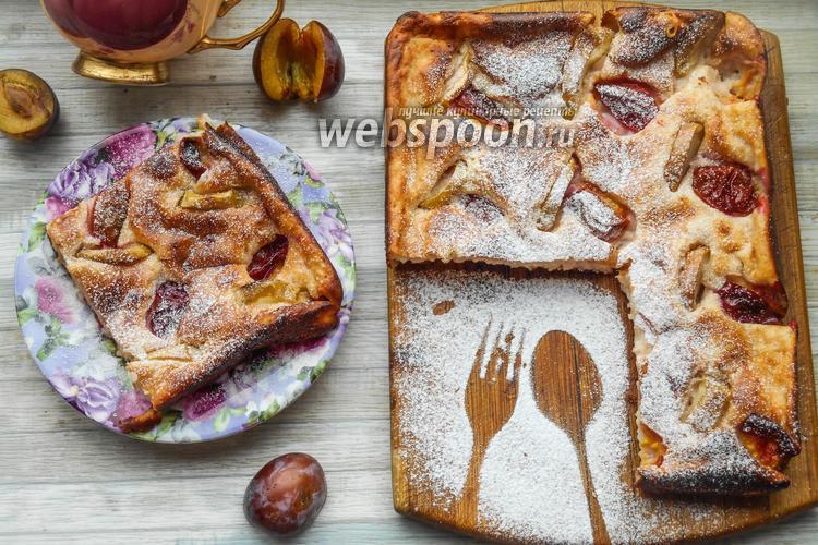 Фото Творожный пирог с яблоками и сливами
