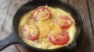 Фото рецепта Фриттата с фаршем, сыром и помидорами