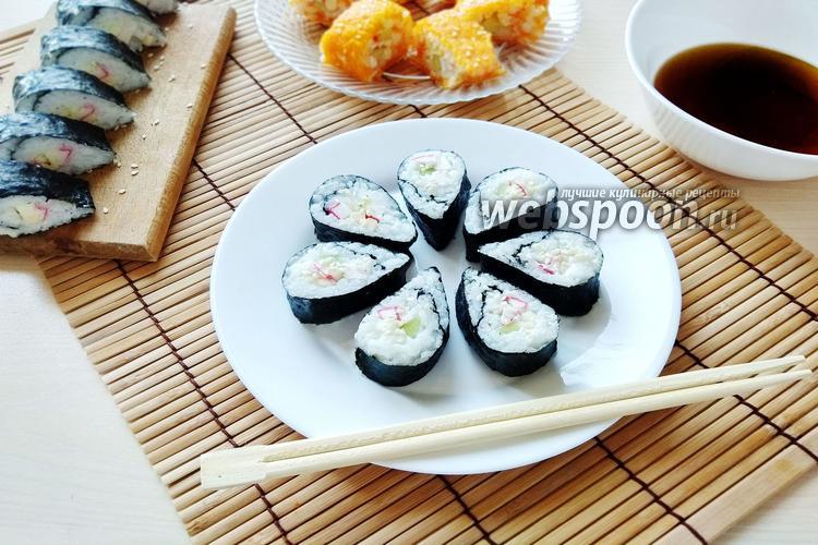 Фото 2 вида суши из овощей с крабовыми палочками