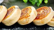 Фото рецепта Быстрые сладкие булочки на сковороде. Видео