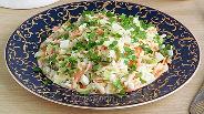 Фото рецепта Салат из капусты и зелёного горошка