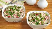 Фото рецепта Закусочный салат из консервированной рыбы