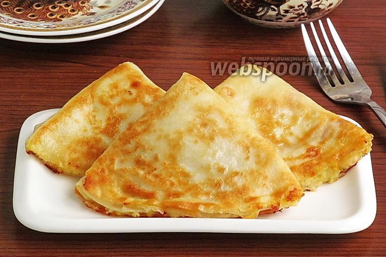 Фото Блинчики с картофелем, творогом и жареным луком
